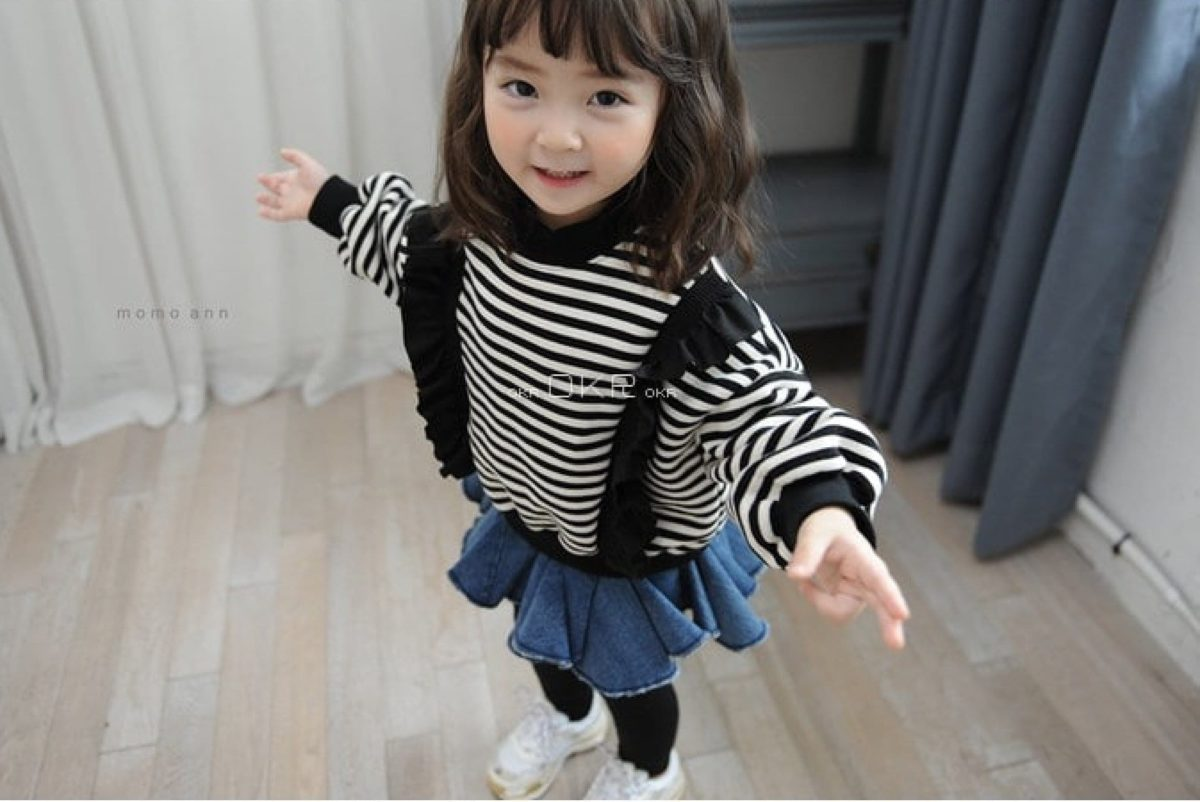 Momo Ann Wrinkle Stripe Tee | Korean Kids Clothes - Imaryakids