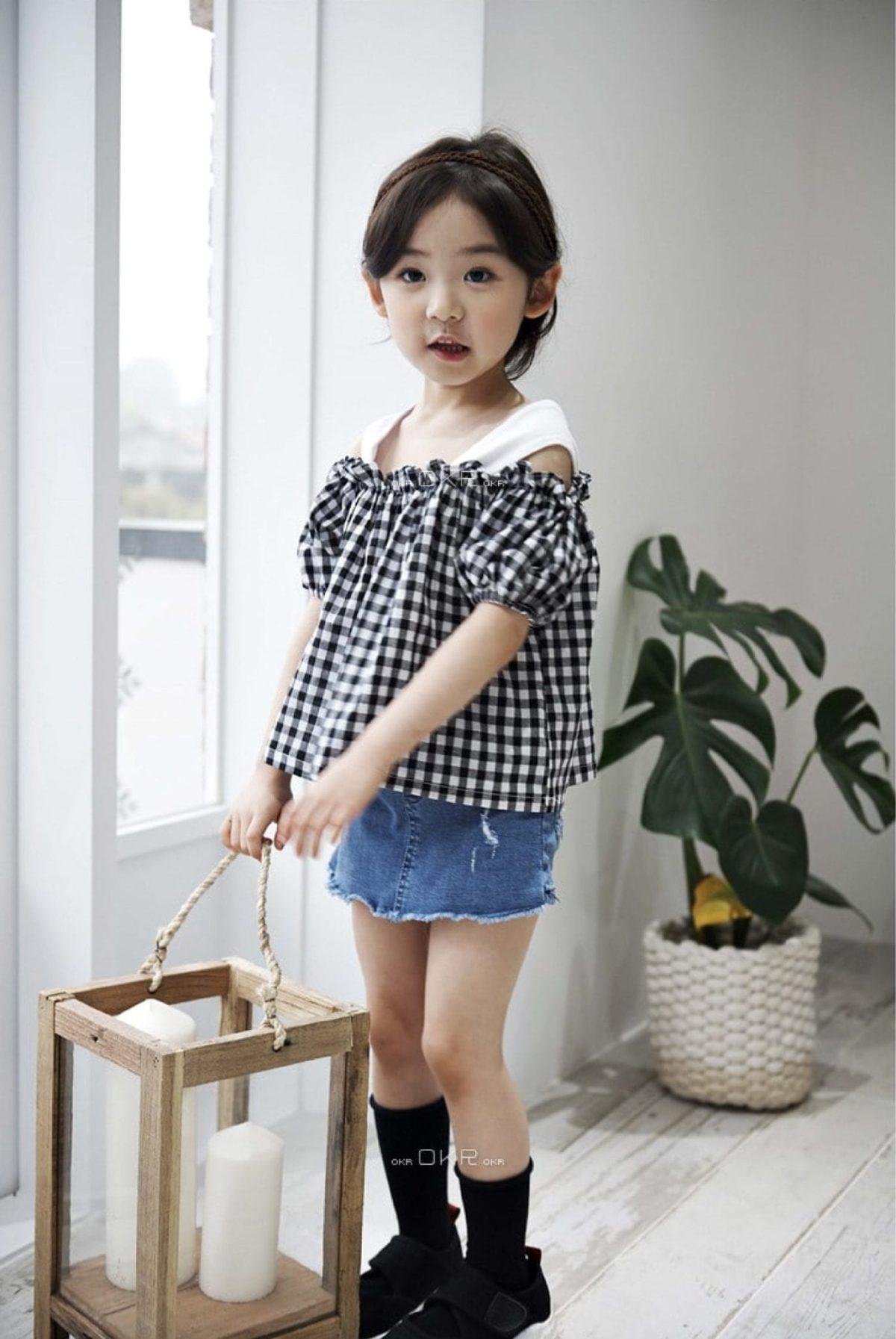 Off Shoulder Blouse - Black and White grid | Korean Kids Clothes - Imaryakids